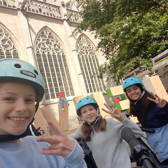 Met de fiets naar school!