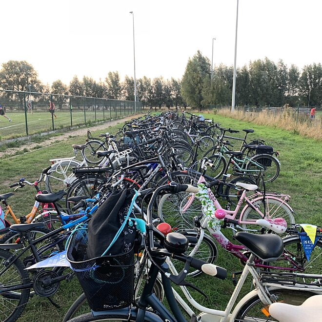 Krachtbalclub zet leden op de fiets